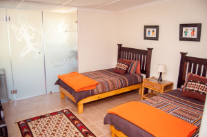 Cheetah-Lodge-Accommodation-in-Mossel-Bay-1