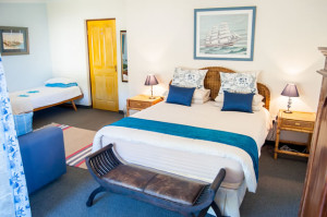Cheetah-Lodge-Accommodation-in-Mossel-Bay-11