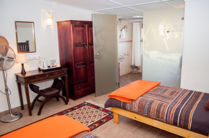 Cheetah-Lodge-Accommodation-in-Mossel-Bay-2