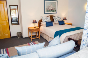 Cheetah-Lodge-Accommodation-in-Mossel-Bay-7