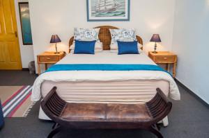 Cheetah-Lodge-Accommodation-in-Mossel-Bay-9